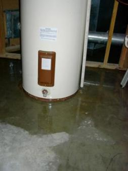 broken water heater demands repairs from Lakewood plumbing contractor